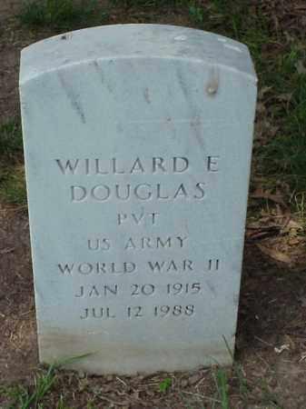 DOUGLAS (VETERAN WWII), WILLARD E - Pulaski County, Arkansas | WILLARD E DOUGLAS (VETERAN WWII) - Arkansas Gravestone Photos