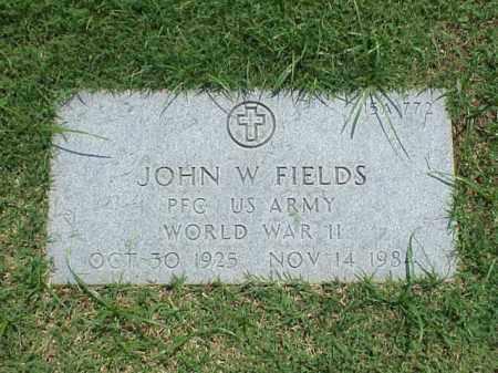 FIELDS (VETERAN WWII), JOHN W - Pulaski County, Arkansas | JOHN W FIELDS (VETERAN WWII) - Arkansas Gravestone Photos