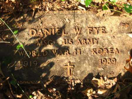 FY E (VETERAN WWII, KOR), DANIEL W - Pulaski County, Arkansas | DANIEL W FY E (VETERAN WWII, KOR) - Arkansas Gravestone Photos