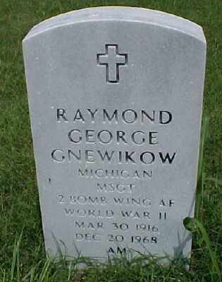 GNEWIKOW (VETERAN WWII), RAYMOND GEORGE - Pulaski County, Arkansas | RAYMOND GEORGE GNEWIKOW (VETERAN WWII) - Arkansas Gravestone Photos