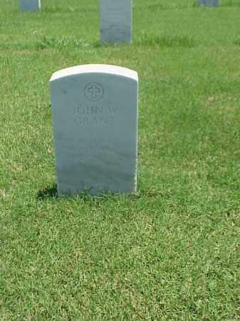 GRANT (WWII), JOHN W - Pulaski County, Arkansas   JOHN W GRANT (WWII) - Arkansas Gravestone Photos