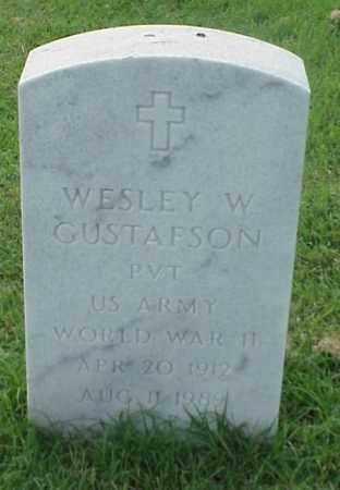 GUSTAFSON (VETERAN WWII), WESLEY W - Pulaski County, Arkansas | WESLEY W GUSTAFSON (VETERAN WWII) - Arkansas Gravestone Photos