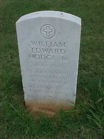 HODGE, JR (VETERAN WWII), WILLIAM EDWARD - Pulaski County, Arkansas | WILLIAM EDWARD HODGE, JR (VETERAN WWII) - Arkansas Gravestone Photos