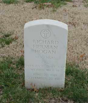 HOGAN  (VETERAN WWII), RICHARD HERMAN - Pulaski County, Arkansas | RICHARD HERMAN HOGAN  (VETERAN WWII) - Arkansas Gravestone Photos