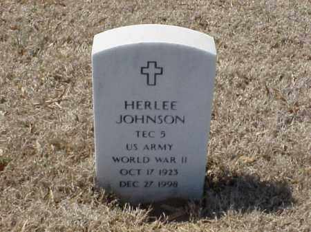 JOHNSON (VETERAN WWII), HERLEE - Pulaski County, Arkansas | HERLEE JOHNSON (VETERAN WWII) - Arkansas Gravestone Photos