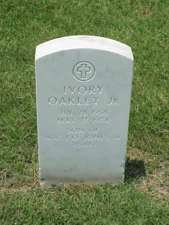 JONES, JR, IVORY OAKLEY - Pulaski County, Arkansas   IVORY OAKLEY JONES, JR - Arkansas Gravestone Photos