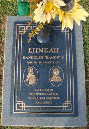 "LUNEAU, RANDOLPH ""RANDY"" E. - Pulaski County, Arkansas | RANDOLPH ""RANDY"" E. LUNEAU - Arkansas Gravestone Photos"