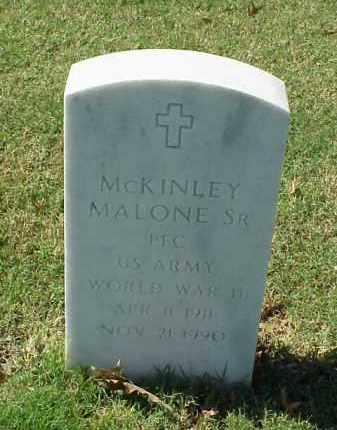 MALONE, SR (VETERAN WWII), MCKINLEY - Pulaski County, Arkansas | MCKINLEY MALONE, SR (VETERAN WWII) - Arkansas Gravestone Photos