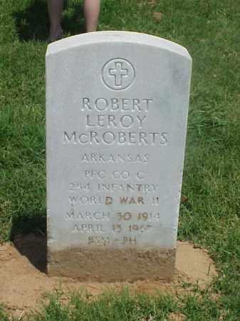 MCROBERTS (VETERAN WWII), ROBERT LEROY - Pulaski County, Arkansas | ROBERT LEROY MCROBERTS (VETERAN WWII) - Arkansas Gravestone Photos
