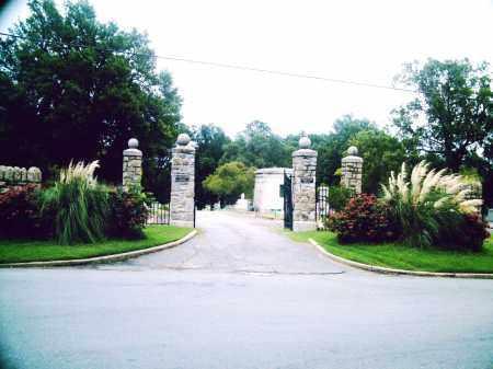 *OAKLAND CEMETERY GATE,  - Pulaski County, Arkansas |  *OAKLAND CEMETERY GATE - Arkansas Gravestone Photos