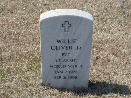 OLIVER, JR (VETERAN WWII), WILLIE - Pulaski County, Arkansas | WILLIE OLIVER, JR (VETERAN WWII) - Arkansas Gravestone Photos