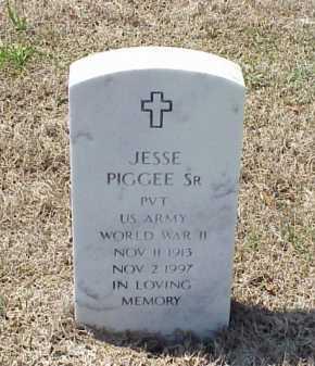 PIGGEE, SR (VETERAN WWII), JESSE - Pulaski County, Arkansas | JESSE PIGGEE, SR (VETERAN WWII) - Arkansas Gravestone Photos