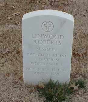 ROBERTS  (VETERAN WWI), LINWOOD - Pulaski County, Arkansas | LINWOOD ROBERTS  (VETERAN WWI) - Arkansas Gravestone Photos
