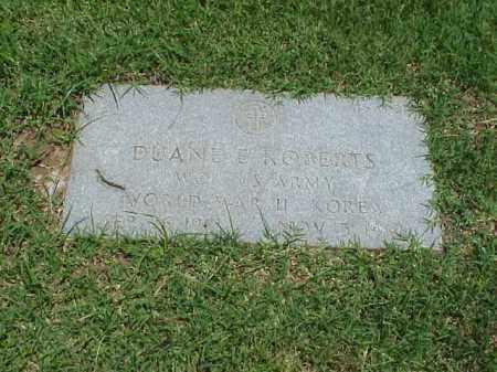 ROBERTS (VETERAN 2 WARS), DUANE E - Pulaski County, Arkansas | DUANE E ROBERTS (VETERAN 2 WARS) - Arkansas Gravestone Photos