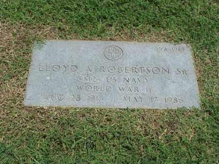 ROBERTSON, SR (VETERAN WWII), LLOYD A - Pulaski County, Arkansas | LLOYD A ROBERTSON, SR (VETERAN WWII) - Arkansas Gravestone Photos