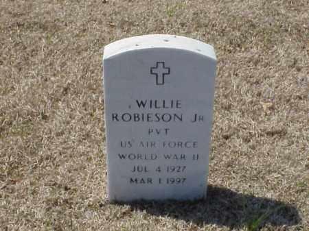 ROBIESON, JR (VETERAN WWII), WILLIE - Pulaski County, Arkansas | WILLIE ROBIESON, JR (VETERAN WWII) - Arkansas Gravestone Photos