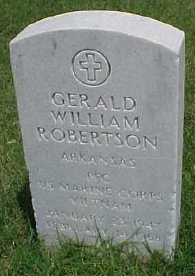 ROBERTSON (VETERAN VIET), GERALD WILLIAM - Pulaski County, Arkansas | GERALD WILLIAM ROBERTSON (VETERAN VIET) - Arkansas Gravestone Photos