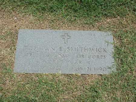 SMITHWICK (VETERAN WWII), TRUMAN E - Pulaski County, Arkansas | TRUMAN E SMITHWICK (VETERAN WWII) - Arkansas Gravestone Photos