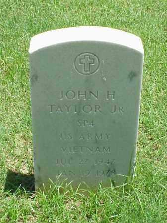 TAYLOR, JR (VETERAN VIET), JOHN H - Pulaski County, Arkansas | JOHN H TAYLOR, JR (VETERAN VIET) - Arkansas Gravestone Photos