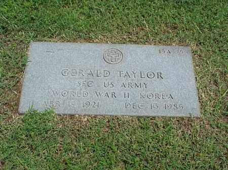 TAYLOR (VETERAN 2 WARS), GERALD - Pulaski County, Arkansas | GERALD TAYLOR (VETERAN 2 WARS) - Arkansas Gravestone Photos