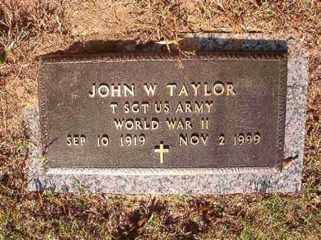 TAYLOR (VETERAN WWII), JOHN W - Pulaski County, Arkansas | JOHN W TAYLOR (VETERAN WWII) - Arkansas Gravestone Photos