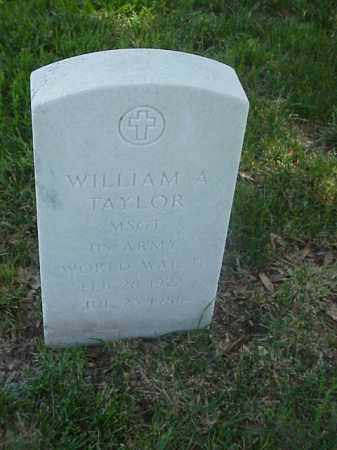 TAYLOR (VETERAN WWII), WILLIAM A - Pulaski County, Arkansas | WILLIAM A TAYLOR (VETERAN WWII) - Arkansas Gravestone Photos