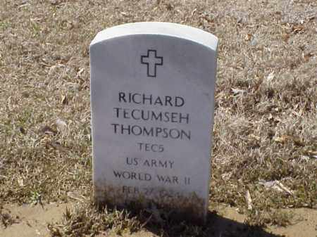 THOMPSON  (VETERAN WWII), RICHARD TECUMSEH - Pulaski County, Arkansas | RICHARD TECUMSEH THOMPSON  (VETERAN WWII) - Arkansas Gravestone Photos