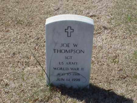 THOMPSON (VETERAN WWII), JOE W - Pulaski County, Arkansas | JOE W THOMPSON (VETERAN WWII) - Arkansas Gravestone Photos