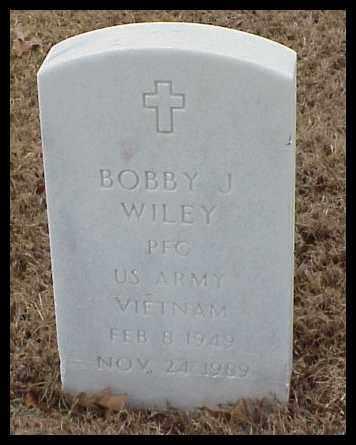 WILEY (VETERAN VIET), BOBBY J - Pulaski County, Arkansas | BOBBY J WILEY (VETERAN VIET) - Arkansas Gravestone Photos