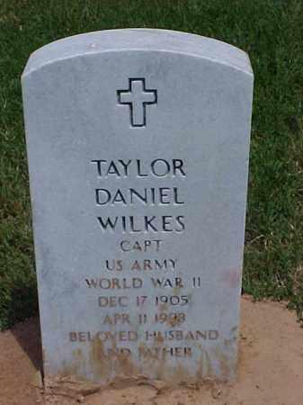 WILKES (VETERAN WWII), TAYLOR DANIEL - Pulaski County, Arkansas | TAYLOR DANIEL WILKES (VETERAN WWII) - Arkansas Gravestone Photos