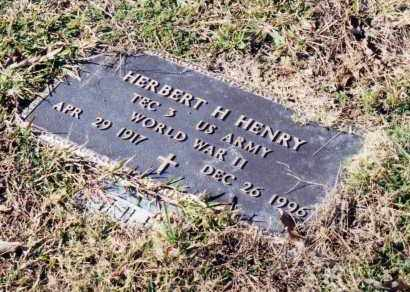 HENRY (VETERAN WWII), HERBERT H - Saline County, Arkansas | HERBERT H HENRY (VETERAN WWII) - Arkansas Gravestone Photos