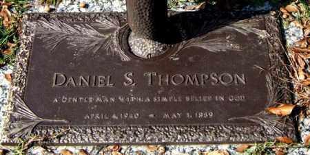THOMPSON, DANIEL S. - Saline County, Arkansas | DANIEL S. THOMPSON - Arkansas Gravestone Photos