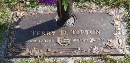 TIPTON, TERRY D. - Saline County, Arkansas | TERRY D. TIPTON - Arkansas Gravestone Photos