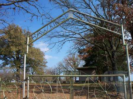 *HAWKINS CEMETERY GATE,  - Scott County, Arkansas |  *HAWKINS CEMETERY GATE - Arkansas Gravestone Photos