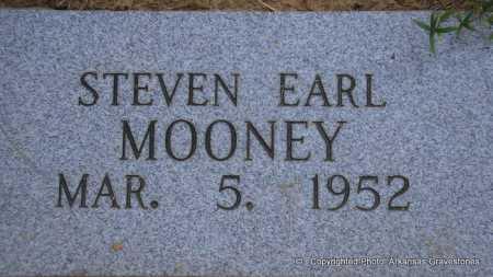 MOONEY, STEVEN EARL - Scott County, Arkansas | STEVEN EARL MOONEY - Arkansas Gravestone Photos