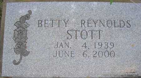 REYNOLDS STOTT, BETTY - Scott County, Arkansas | BETTY REYNOLDS STOTT - Arkansas Gravestone Photos