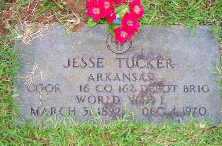 TUCKER  (VETERAN WWI), JESSE - Scott County, Arkansas | JESSE TUCKER  (VETERAN WWI) - Arkansas Gravestone Photos