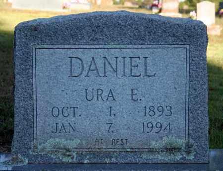 DANIEL, URA E. - Searcy County, Arkansas | URA E. DANIEL - Arkansas Gravestone Photos