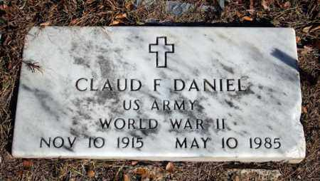 DANIEL (VETERAN WWII), CLAUD F - Searcy County, Arkansas | CLAUD F DANIEL (VETERAN WWII) - Arkansas Gravestone Photos