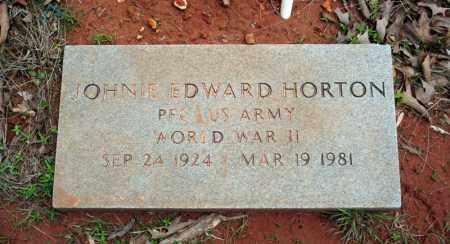 HORTON (VETERAN WWII), JOHNIE EDWARD - Searcy County, Arkansas | JOHNIE EDWARD HORTON (VETERAN WWII) - Arkansas Gravestone Photos