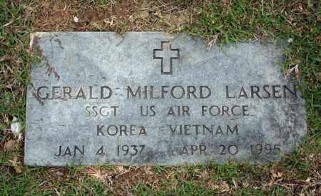 LARSEN (VETERAN 2 WARS), GERALD MILFORD - Searcy County, Arkansas | GERALD MILFORD LARSEN (VETERAN 2 WARS) - Arkansas Gravestone Photos