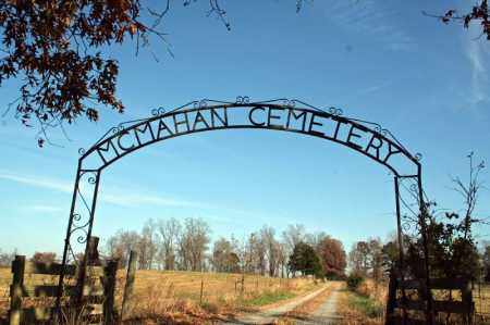 *MCMAHAN CEMETERY GATE,  - Searcy County, Arkansas |  *MCMAHAN CEMETERY GATE - Arkansas Gravestone Photos