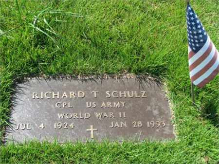 SCHULTZ (VETERAN WWII), RICHARD T - Searcy County, Arkansas | RICHARD T SCHULTZ (VETERAN WWII) - Arkansas Gravestone Photos