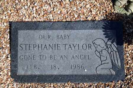 TAYLOR, STEPHANIE - Searcy County, Arkansas | STEPHANIE TAYLOR - Arkansas Gravestone Photos