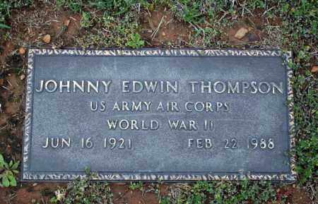 THOMPSON (VETERAN WWII), JOHNNIE EDWIN - Searcy County, Arkansas | JOHNNIE EDWIN THOMPSON (VETERAN WWII) - Arkansas Gravestone Photos