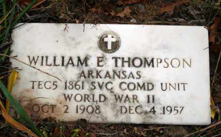 THOMPSON (VETERAN WWII), WILLIAM E - Searcy County, Arkansas | WILLIAM E THOMPSON (VETERAN WWII) - Arkansas Gravestone Photos
