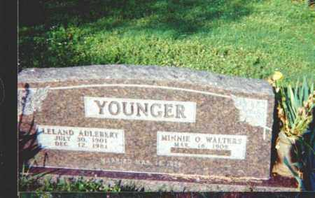 WALTERS YOUNGER, MINNIE OPAL - Searcy County, Arkansas | MINNIE OPAL WALTERS YOUNGER - Arkansas Gravestone Photos
