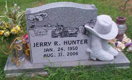 HUNTER, JERRY R. - Sebastian County, Arkansas | JERRY R. HUNTER - Arkansas Gravestone Photos
