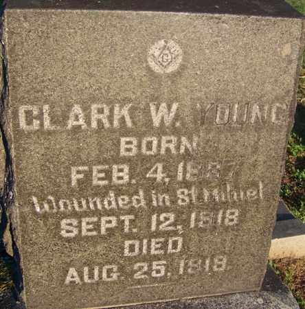 YOUNG (VETERAN WWI), CLARK W - Sebastian County, Arkansas | CLARK W YOUNG (VETERAN WWI) - Arkansas Gravestone Photos