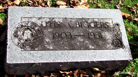 BIGGERS, OTIS A - Sharp County, Arkansas | OTIS A BIGGERS - Arkansas Gravestone Photos